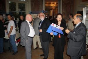 Conversations les Présidents GAPS et FFAP, Sophie BASTIDE (Echo de la Timbrologie) et Alain ISRAEL (Club Croix-Rouge)